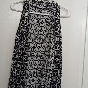 Black n white vest